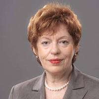 Pflegedienstdirektorin Irene Maier, Essen